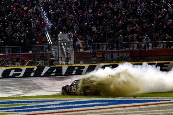 clint-bowyer-dirt-charlotte-2-2012