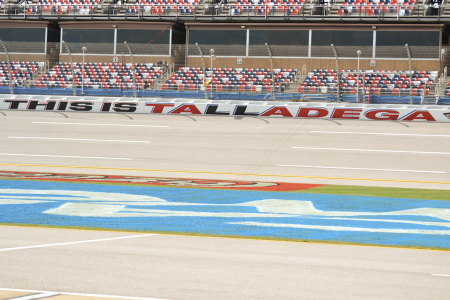 Photo Credit: Mike Holtsclaw/ On Pit Road