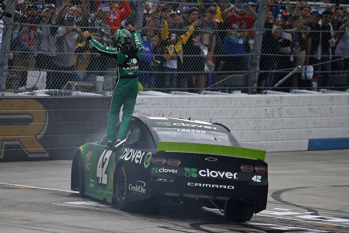 Monster Energy NASCAR Cup Series Drydene 400