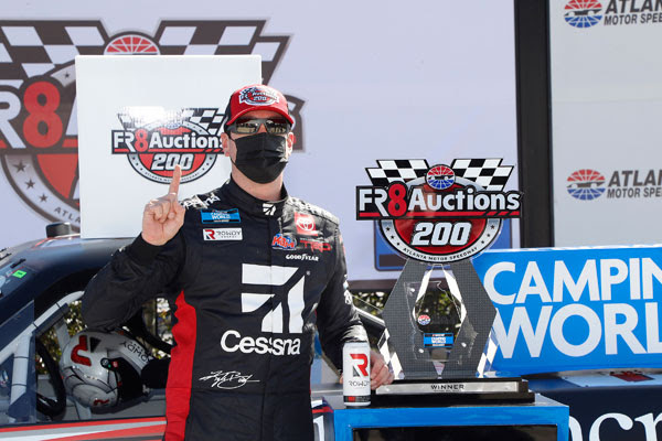 Kyle Busch dominated the Fr8Auctions