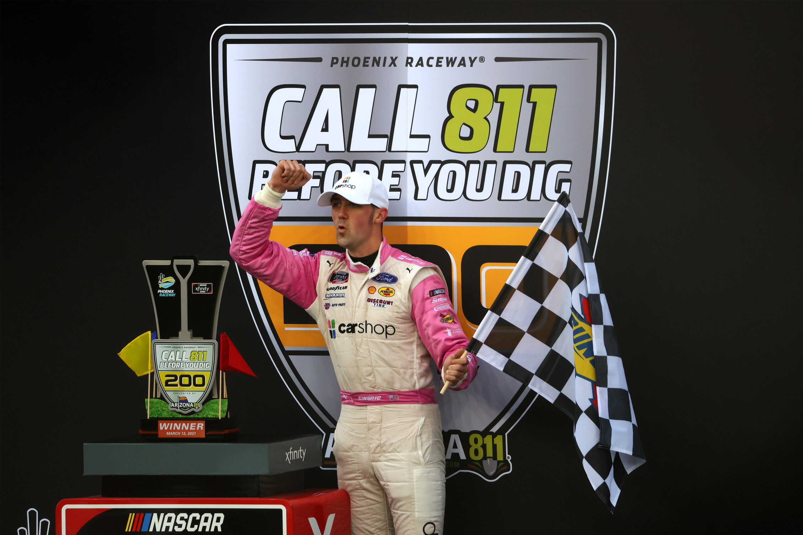 NASCAR Xfinity Series Call 811 Before You Dig 200 presented by Arizona 811